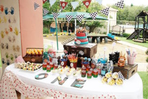 kiddys kingdom first birthday party food table design