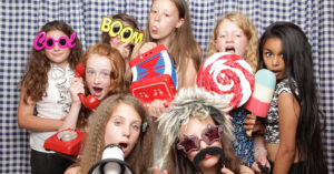 kiddys kingdom kids birthday entertainment photo booth